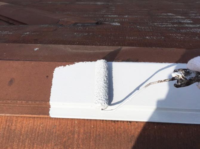屋根板金のサビ止め塗装