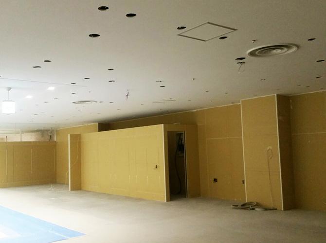 天井塗装、テナントの塗装はおまかせください。