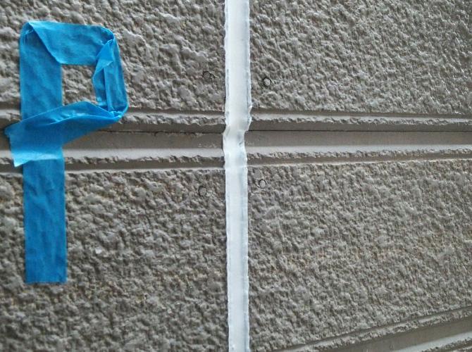 外壁目地のシール打ち替え工事完了後