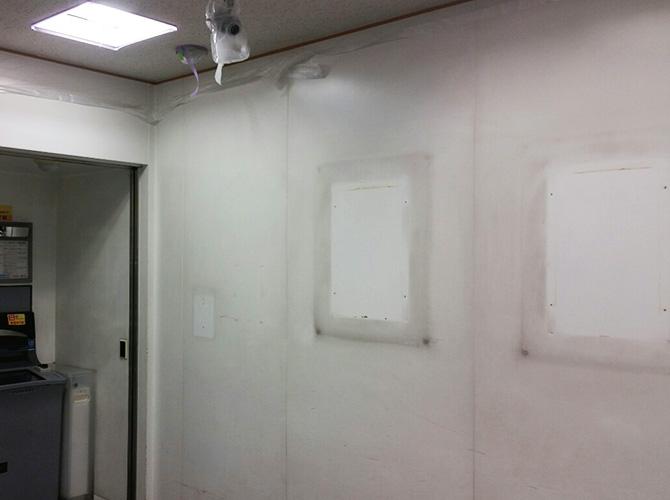 東京都台東区銀行ATM塗装工事の施工前
