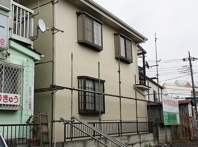 外壁塗装・屋根塗装・検査等の完了後足場を解体します。