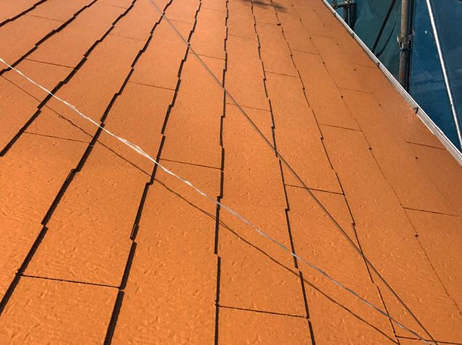 屋根の中塗り完了後