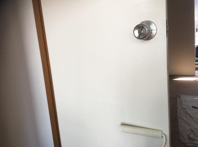 ドアの上塗り