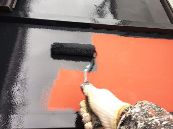 瓦棒の中塗り