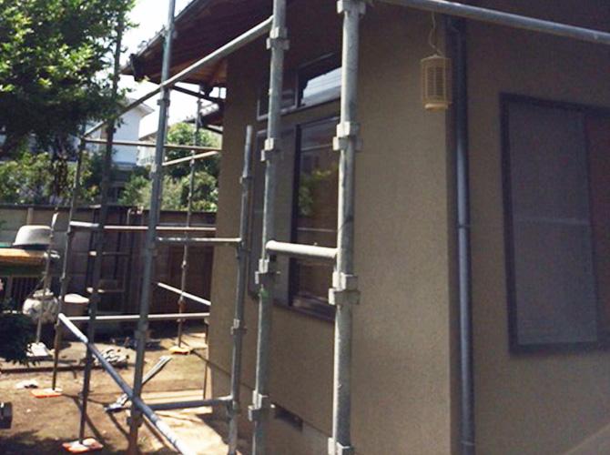 外壁塗装施工中画像