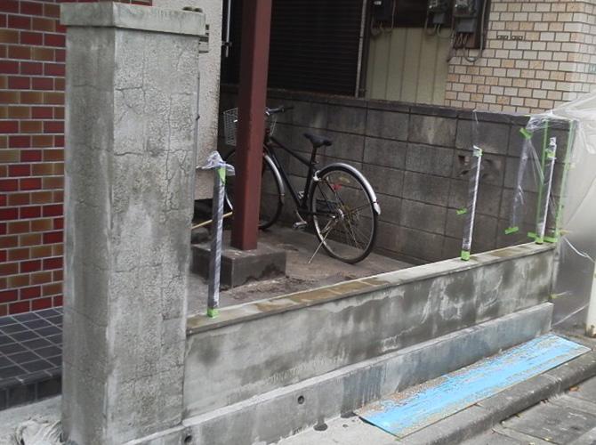 東京都足立区戸建住宅の塀の塗装工事の施工前