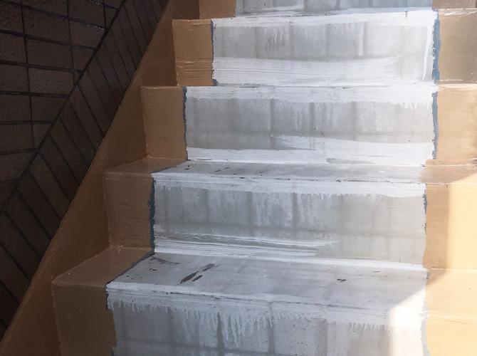 階段の下地調整