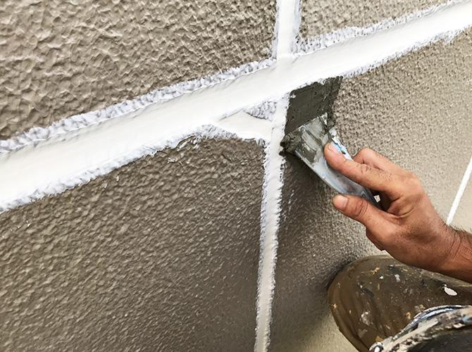 樹脂モルタルの塗布