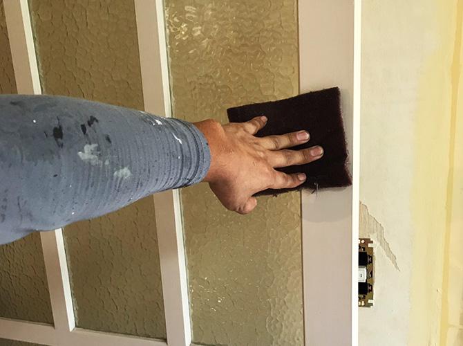 ドア木部のケレン