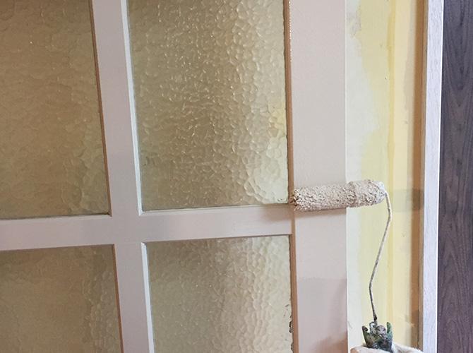ドア木部の塗装