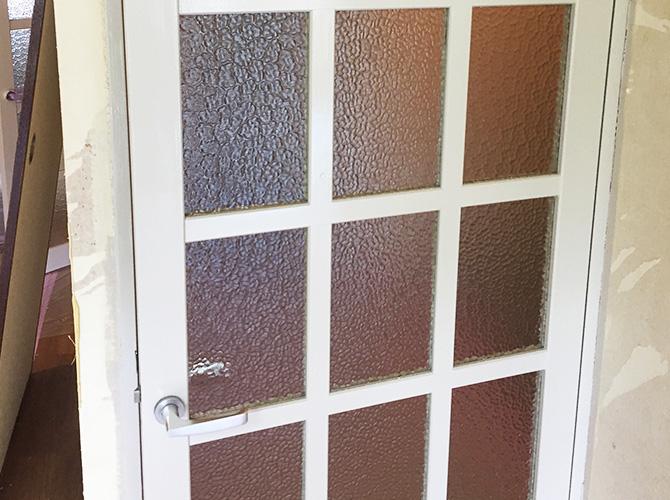 ドア木部の塗装完了