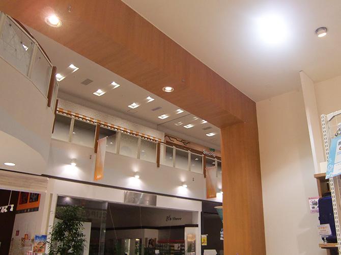 千葉市店舗のファサードなど内部塗装工事の施工前