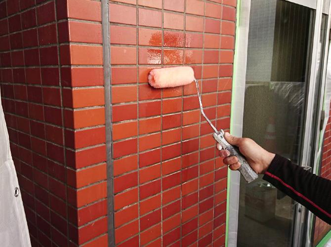 外壁タイルのクリア塗装