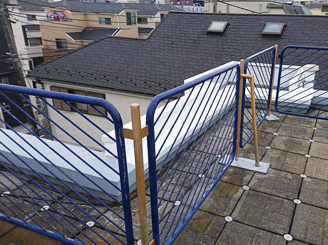 東京都葛飾区住宅屋上の鉄部サビ止め塗装工事の施工前