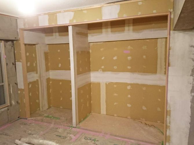 埼玉県三郷市大規模集合住宅の内部塗装工事の施工前