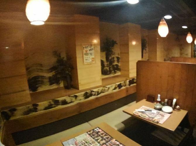 東京都新宿区居酒屋店舗の内部塗装工事の施工前