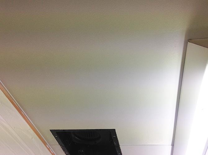 千葉県松戸市ビルの天井塗装工事の施工後