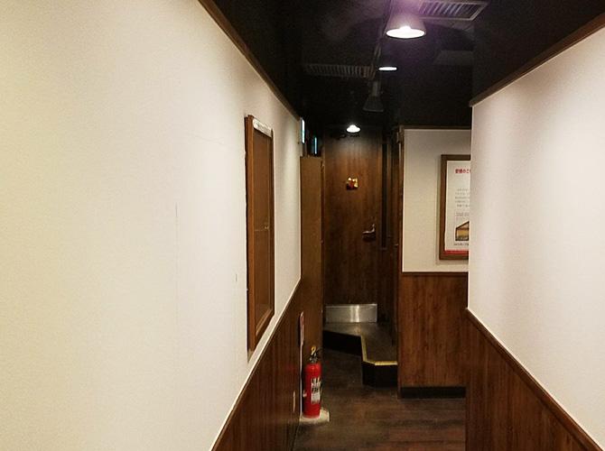 廊下の塗装完了後
