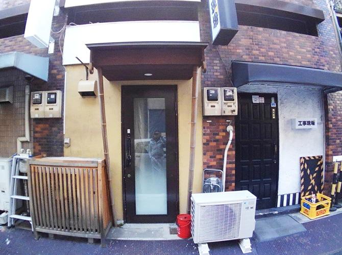東京都台東区店舗の外壁塗装・鉄部塗装工事の施工前