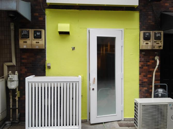 東京都台東区店舗の外壁塗装・鉄部塗装工事の施工後