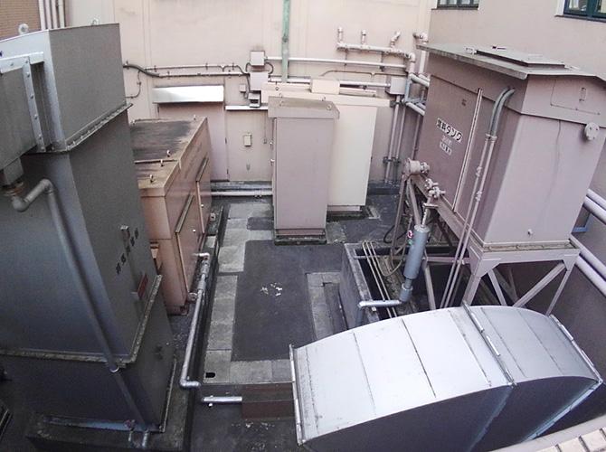 東京都中央区病院鉄部のサビ止め塗装工事の施工前