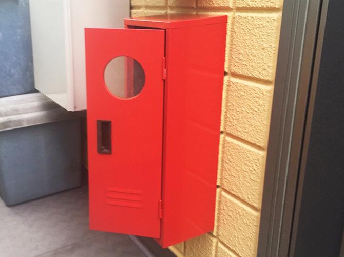消火器BOXの塗装完了