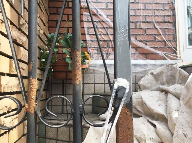 埼玉県草加市住宅手すりなど鉄部サビ止め塗装工事の施工前