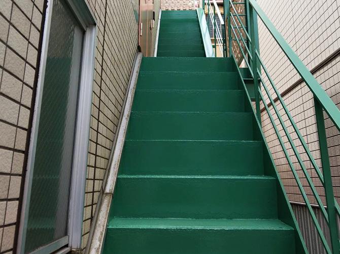 東京都目黒区マンション鉄骨階段など鉄部サビ止め塗装工事の施工後