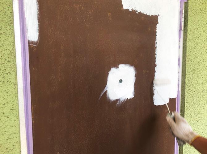 玄関ドアのサビ止め