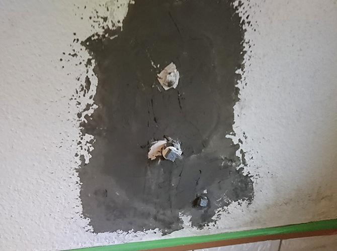 バス壁の下地補修