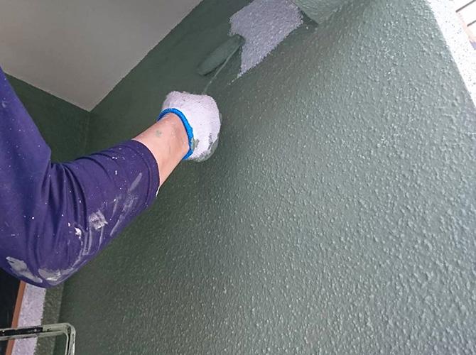 1階部分の中塗り