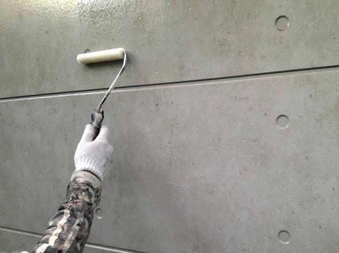 外壁クリヤ塗装の上塗り
