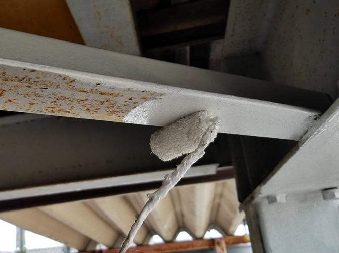 鉄部のサビ止め塗装