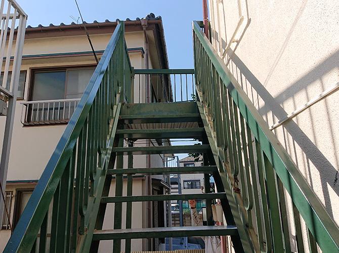 千葉県市川市アパートの鉄骨階段塗装工事の施工前