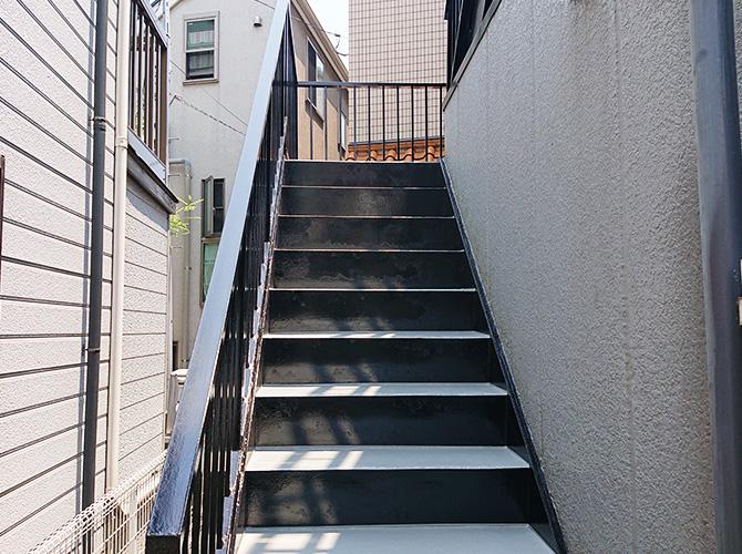 東京都大田区アパートの外階段塗装・廊下工事の施工後