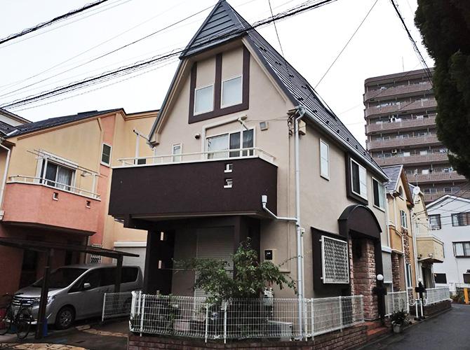 東京都足立区梅島2階建住宅の外壁塗装・屋根カバー工法の施工後