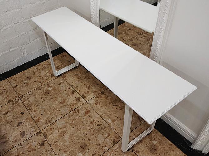 テーブルの塗装後