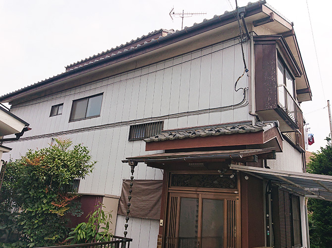 埼玉県八潮市2階建住宅の外壁塗装・木部塗装工事の施工前