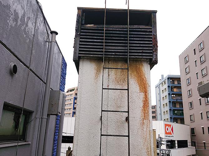 塔屋塗装の施工前