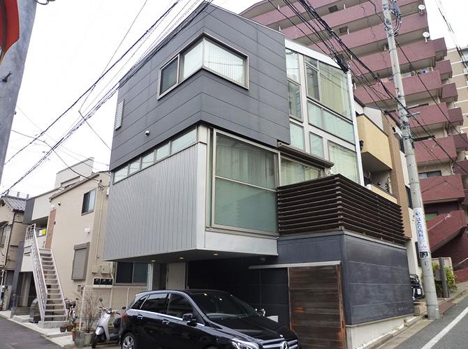 東京都文京区3階建住宅の外壁塗装・外壁張替工事の施工前