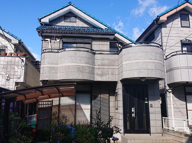 東京都足立区伊興2階建住宅の外壁塗装工事の施工前