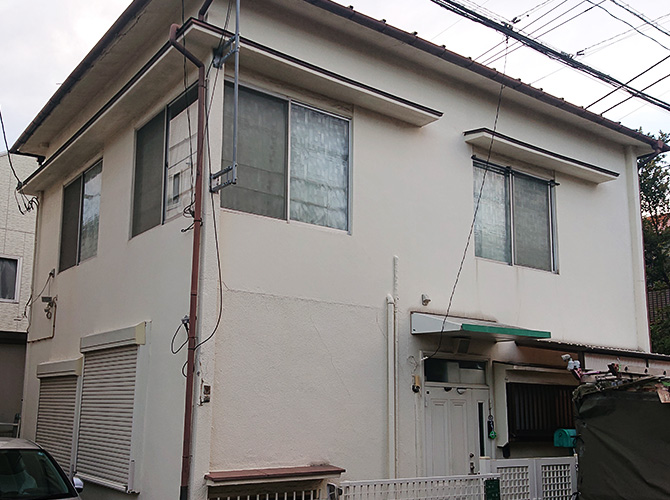 埼玉県草加市2階建住宅の外壁塗装・屋根葺き替え工事の施工前
