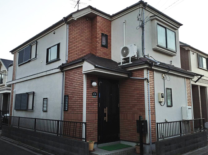 東京都足立区伊興2階建住宅の外壁塗装・屋根塗装工事の施工前