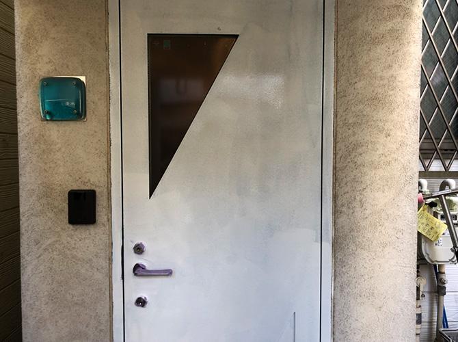ドアのサビ止め塗装