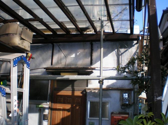 東京都港区で外壁塗装にシリコン塗料を使用した事例の施工前