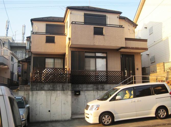 東京都あきる野市で外壁塗装にシリコン塗料を使用した事例の施工前