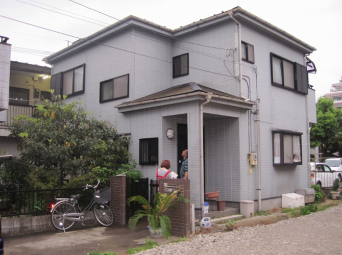 東京都日野市で外壁塗装にシリコン塗料を使用した事例の施工前