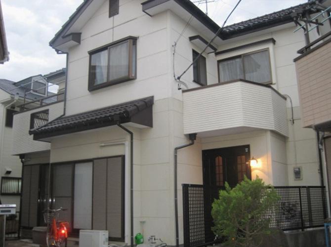 東京都小金井市で外壁塗装にシリコン塗料を使用した事例の施工前