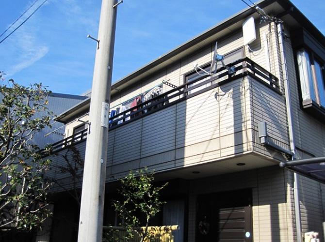 東京都昭島市で外壁塗装にシリコン塗料を使用した事例の施工前