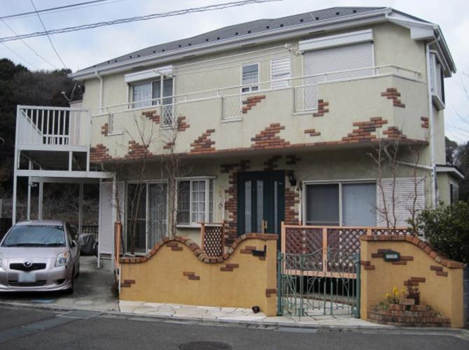 東京都福生市で外壁塗装にシリコン塗料を使用した事例の施工前